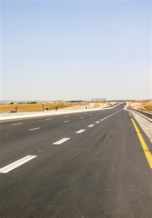 Designing the East Lot of the strategic East-West Motorway